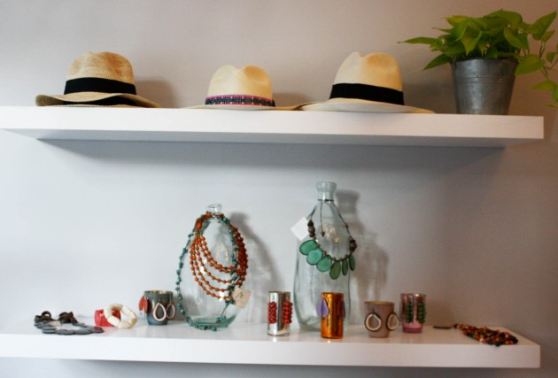 Teich Jewelry Hat Display
