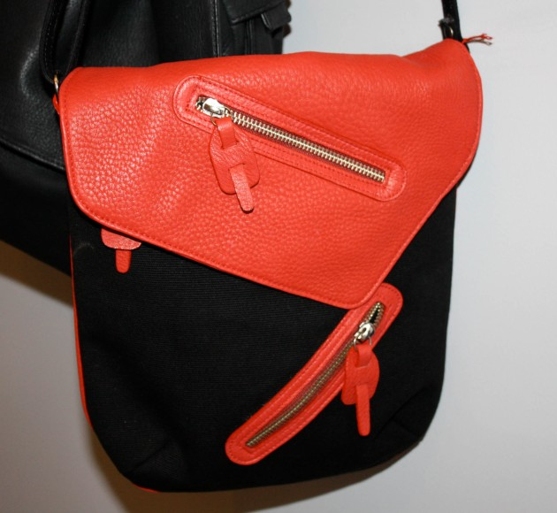 Teich Signature Bag Black Canvas Red Leather