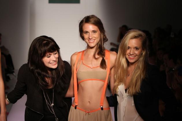 Daisy And Elizabeth Spring 2012 Nolcha Fashion Week Designers