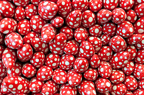 Yayoi Kusama Red White Dot Eggs 1999