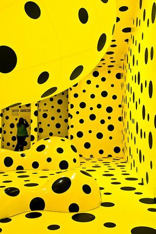 Yayoi Kusama Yellow Black Dots