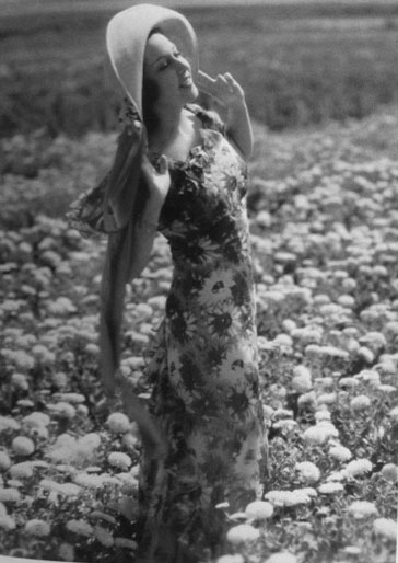 Sunflower Dress Ethel Marman California 1950