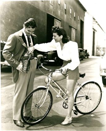 Joan Crawford Rides Bike Clarck Gable 1941